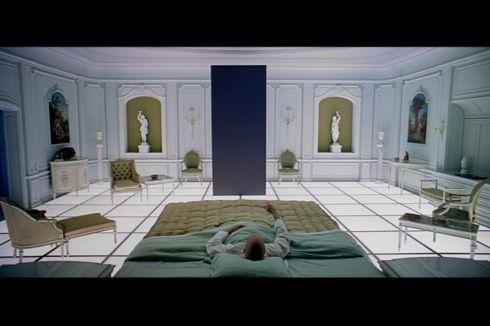 Hotel Monolith -- 2001
