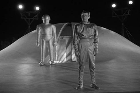 Klaatu and Gort -- The Day the Earth Stood Still (1951)